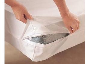 Housse de protection contre les punaises de lit